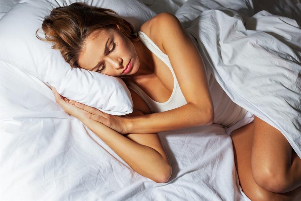 In der richtigen Schlafphase geweckt zu werden, ist das Geheimnis eines erholsamens Schlafs!